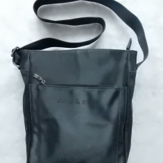 Geanta Bags&More.  Dimensiuni: 31 x 21 x 12 cm.  Stare: impecabila., Medie