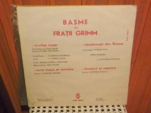 - Y-  FRATII GRIMM  - SCUFITA ROSIE / ACUL FUSUL SI SUVEICA ...  - DISC VINIL