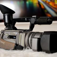 Sony VX 2100E - Camera Video Digitala MiniDV + Incarcator + Baterie