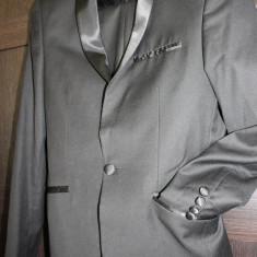 Costum elegant Gherasos