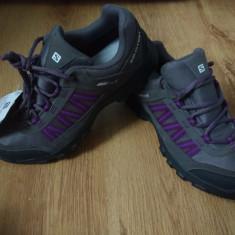 Pantofi outdoor dama Salomon Climashield Waterproof mărimea 38 (25cm) - Incaltaminte outdoor Salomon, Semighete, Femei