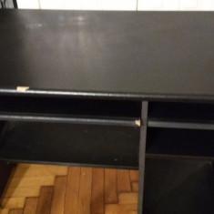 Birou mic pentru elev sau şi pentru calculator
