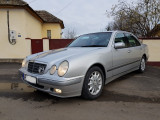 Mercedes-Benz Clasa E, 220, Motorina/Diesel, Berlina