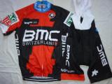 Echipament ciclism BMC 2018 set pantaloni cu bretele si tricou costum Nou