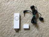 Ipod Shuffle 1st generation 1GB + casti Sennheiser ( baterie 5 ore la vol maxim), 1 Gb, Alb