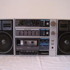 Radiocasetofon SANYO C30 vintage-boombox