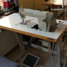 Masina de cusut liniara - Marca Juki