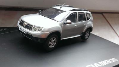 Macheta Dacia Duster 2010 gri metalizat - Solido1/43, editie de reprezentanta foto