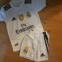 Compleu copii REAL MADRID, 7RONALDO, MODEL NOU 2018-2019 - Echipament fotbal Adidas, Marime: YXXL, YXL, YM, YS, YXS, Set echipament fotbal