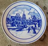 FARFURIE CU AGATATOARE DIN PORTELAN HUTSCHENREUTHER, Decorative