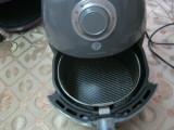Friteuza pe aer cald 2,2 l, + cos de paine,citeste descriere
