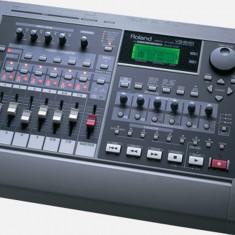 Roland - VS-840   Digital Studio Workstation