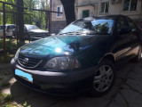 Toyota Avensis, Benzina, Hatchback