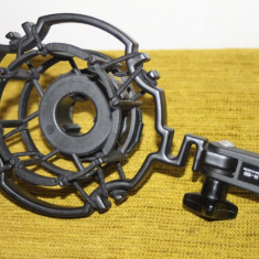 Shockmount pentru microfon, amortizor de shock AKG H-100