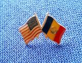 Insigna steagul SUA si R.S. Romania - varianta rara