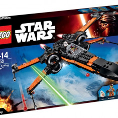 Poe's X-Wing Fighter - LEGO Star Wars