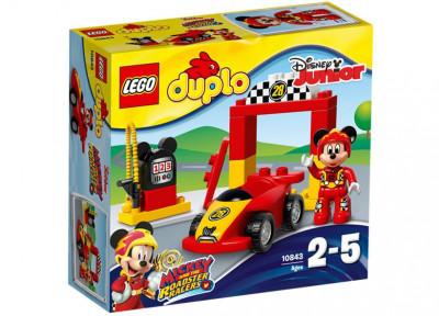 Masina de curse a lui Mickey foto