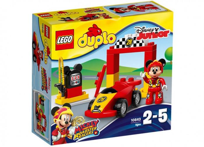 Masina de curse a lui Mickey foto mare