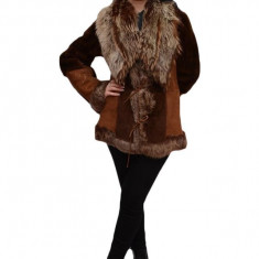 Blana eleganta, de culoare maro, roz cu design modern (Culoare: MARO, Marime: M/l) - Palton dama