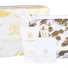 Apa de parfum Trussardi Donna Dama 100ML Edp 100 ml + Lotiune de corp 100 ml + Cosmetic bag - Parfum femeie