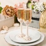 Design de epocă set de fildeș antic de pahare de șampanie rumenire
