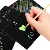 Stencil cub hartie magica multicolor, 24 foi, 85x85 mm, bat lemn
