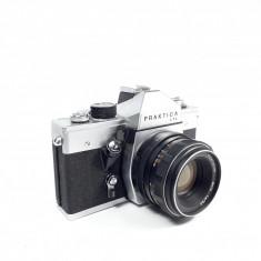 i Aparat foto vechi Praktica LTL defect, obiectiv Pentacon auto 1,8 / 50 mm