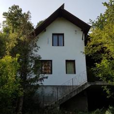 Casa de vacanta + Teren