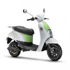 Moped, scuter electric, necesita inmatriculare ZT-26 EEC CROSS ALB
