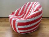 Puf alb-rosu, fotoliu cu husă detașabilă, fotolii cu husa din material textil.