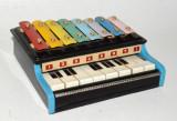 Pian vechi cu xilofon !  de jucarie, Made in China, anii '70