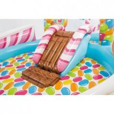 "Piscina cu centru de joaca si jucarii incluse ""Candy Zone"", 295 x 191 x 130 cm + CADOU Pompa 29 cm"