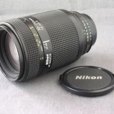 Obiectiv Nikon 70-210mm f/4-5.6 AF-D - Obiectiv DSLR