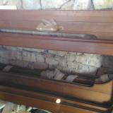 Usi masive lemn nuc   exterior