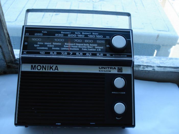Radio Monika foto mare