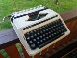 Masina de scris japoneza