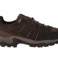 Pantofi Columbia Grants Pass Low Waterproof - Pantofi barbat Columbia, Marime: 40, 44, Culoare: Maro
