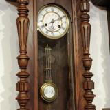 Ceas de perete cu pendula Kienzle D.R. Patent