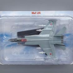 Avion Mikoyan-Gurevich MiG-25, Avioane De Legenda - DeAgostini Rusia - Macheta Aeromodel