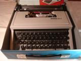 Masina de scris OLIVETTI DORA +banda noua de scris