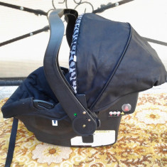 Mother Care + adaptori / scoica scaun copii auto (0-13 kg)