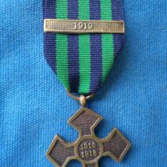 CRUCEA COMEMORATIVA 1916-1918 BARETA 1919 - Medalii Romania