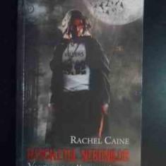 Banchetul Nebunilor - Vampiri Din Morganville 4 Partea Intai - Rachel Caine ,541838