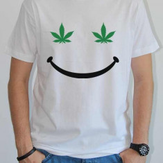 Tricou personalizat Weed Smile