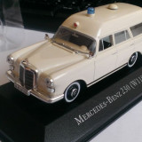 Macheta Mercedes Benz 230 (W110) Binz Ambulanta 1965 - Atlas 1/43, 1:43