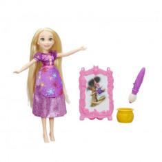 Papusa Rapunzel cu sevalet pentru pictura