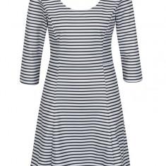 Rochie alb & negru cu model in dungi - ONLY Esra - Rochie de zi