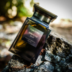 Parfum Original Tom Ford Tobacco Oud + CADOU, 100 ml, Apa de parfum
