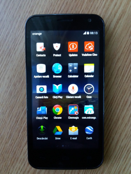 Telefon mobil Vodafone 888(Smart 4)