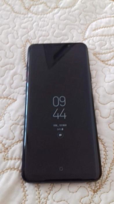 Samsung Galaxy S9 Plus foto mare